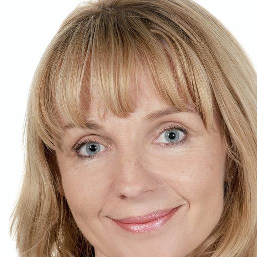 dr Agnieszka Stępień