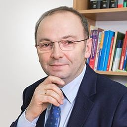 dr hab. Maciej Krawczyk